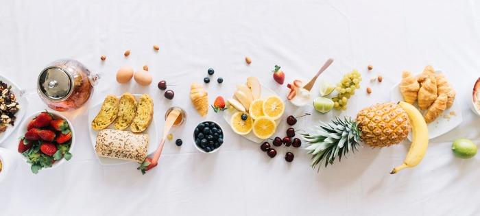 mitos-e-fatos-sobre-as-causas-da-acne-dieta-hiperglicemica